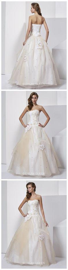Ball Gown Sweetheart Hand-Made Flower Sleeveless Floor-length Tulle Prom Dresses.
