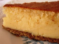 Tarte condensed milk and almond Other Recipes, My Recipes, Sweet Recipes, Cake Recipes, Dessert Recipes, Favorite Recipes, Portuguese Desserts, Portuguese Recipes, Good Food