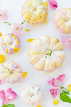 Yes, to these pretty marbled pumpkins.