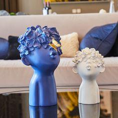 Sculptures Céramiques, Resin Sculpture, Sculpture Ideas, Sculpture Projects, Pottery Sculpture, Ceramic Sculptures, Bronze Sculpture, Pottery Art, Statues