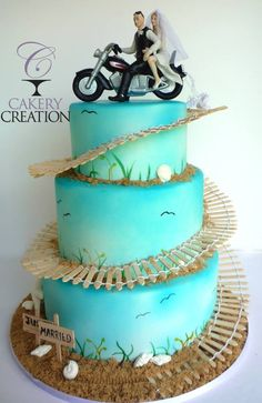 motorbike themed wedding cakes motorcycle grooms bakeries and cake 17596