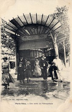 Une Sortie de Métropolitain, Paris | Flickr - Photo Sharing!