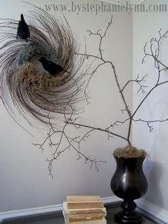 There's something about this nest/wreath that I find fascinating.