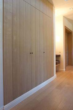 Dressing (inbouwkasten - houtstrctuur + legplank (opvouwen was)