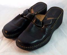BORN Women's Shoes ~ Black Pebble Leather Strap Clogs ~ Size US 7 M, Euro 38 #Born #Clogs