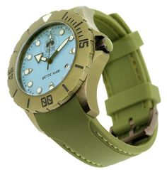 Trifoglio Military style diving watches from Italy. Price range between Rs.25,000 and Rs.35,000 plus VAT. Available at www.chronowatchcompany.com