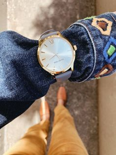 Say hello to our Mindful Silver and Gold timepiece ✨ One of our best selling original colours with a 38mm face. So perfect for that feminine, classic look. 