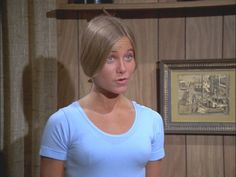 Image of Bobby Brady season 1 for fans of The Brady Bunch 12215553 80 Tv Shows, Tv Shows Funny, The Brady Bunch, Marsha Brady, Alva Vanderbilt, Maureen Mccormick, Jenny Packham Bridal, Couture Week, Old Tv
