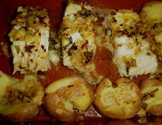 Chest of Conception: Cod in the oven Cod In The Oven, Portuguese Recipes, Portuguese Food, Cod Fish, Home Food, Oven Baked, Fish And Seafood, Baked Potato, Cauliflower