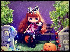 Blythe Halloween Night 8of9   Flickr - Photo Sharing!