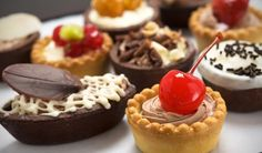 Top 10 Best Italian Pastry Shops in Italy including Naples, Milan and Rome - Pasticceria Sciampagna