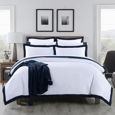 Features  100% Long staple cotton - 1000 Thread Count Add a touch of hotel Luxury to your bedroom in terms of comfort and feel each quilt cover set include 2 standard pillowcases Please note, European and king size pillowcases are sold individually (1 Piece)    With Bold lines inspired by the 1930s intalian moderist architecture, our luxurious bedding by Hoteluxe is finished with a wide appliqued border of silky-soft sateen. We all love our holiday; we all love that hotel luxury we… Heavenly Bed, Black Quilt, Navy Quilt, Superking Bed, King Size Pillows, European Pillows, Quilt Cover Sets, Bed Styling, Beautiful Bedrooms