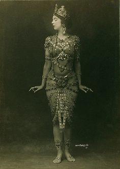 Madame de Pompadour (The dancer Ruth St. Denis in costume)