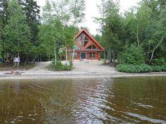 Maison à vendre à Duhamel, Outaouais - 250000 $ Cabin, House Styles, Home Decor, Homemade Home Decor, Interior Design, Cottage, Home Interiors, Wooden Houses, Decoration Home