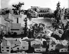 An aerial view of the ramshackle villas that made up the Garden of Allah, Hollywood, CA