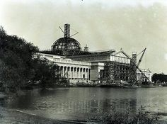 The Palace of Fine Arts at the Columbian Exposition of 1893, then the Field Museum until 1921, the Museum of Science and Industry gets a makeover, 1923, Chicago.