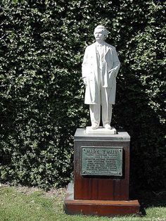 """Samuel Langhorne Clemens better known by his pen name """"Mark Twain"""" Nov 30, 1835-Apr 21, 1910. Twain was born shortly after a visit by Halley's Comet, and he predicted that he would """"go out with it,"""" too. He died the day following the comet's subsequent return. He was lauded as the """"greatest American humorist of his age,"""" and William Faulkner called Twain """"the father of American literature."""""""