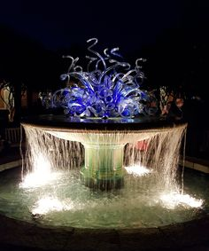 The Parterre Fountain Installation, by Dale Chihuly, Atlanta Botanical Garden. Photo by Erik Grissom, 2016.