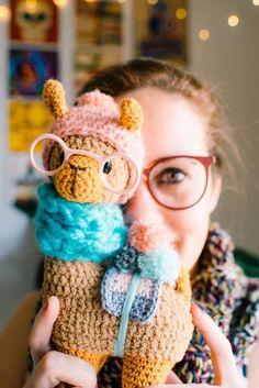 Llama Crochet Patterns – Amigurumi Tips - A More Crafty Life Crochet Kawaii, Cute Crochet, Crochet Baby, Knit Crochet, Crochet Patterns Amigurumi, Crochet Toys, Crochet Mignon, Stuffed Animal Patterns, Crochet Animals