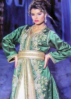 Takchita marocaine 2015 vert et doré idéal pour une mariée ! http   www 9545b46a609