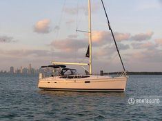 2011 Hunter 36 - great for a cruise on the bay—The Hunter e36 is an exceptional cruiser/racer.  She's in excellent condition, has more creature comforts than most cruisers her size and is packed into a sleek design.   In-mast furling and a roller jib make sailing easy.    Only experienced sailors with a bareboat charter certification (ASA 104 or equivalent) will be considered for rental, otherwise we will provide a licensed captain for an additional fee.