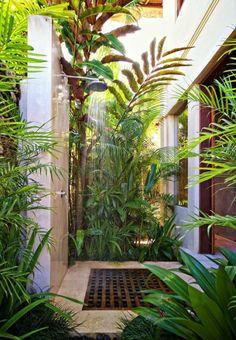 gartengestaltung ideen dusche pflanzen natur