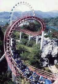 Everland Theme Park, South Korea no. 1 however put Ferrari world as so not sure if we can trust his opinion lol Oh The Places You'll Go, Places To Travel, Places To Visit, Roller Coaster Ride, Roller Coasters, Amusement Park Rides, Park Around, South Korea, Scenery