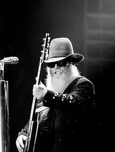 Dusty Hill - ZZ Top- My friend sold a vintage truck on Craigs List to Dusty Hill. Rock Roll, Music Pics, My Music, Zz Top Band, Pat Metheny, Texas Music, Go For It, Blues Rock, Playing Guitar