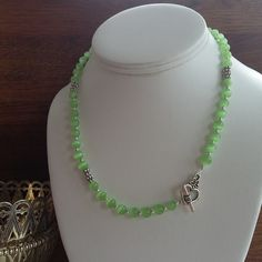 Green Cats Eye Toggle Clasp Necklace £8.00