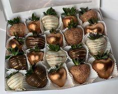 Rice Krispies, Rice Krispie Treats, Valentine Chocolate, Chocolate Hearts, Chamoy Apples, Chocolate Covered Treats, Chocolate Covered Pineapple, Tamarindo, Strawberry Box