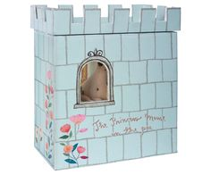 Maileg Princess and the Pea Big Sister Mouse - An adorable Play Set by stylish toy designers Maileg. This beautifully illustrated play set features a sturdy cardboard castle box set with window and turret top. Fabric Crown, Toys For Tots, Bed With Slide, Classic Fairy Tales, Princess And The Pea, Crosses Decor, Gift Wrapping Services, Baby Design, Danish Design