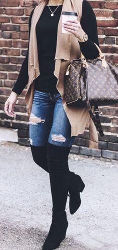 These are Perfect Winter Outfit Ideas for the season for every style conscious girl to own. These Outfits are currently followed by most of the fashion-forward ladies across the globe. Stylish Winter Outfits.