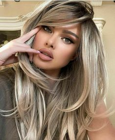 Frontal Hairstyles, Wig Hairstyles, Hairstyles For Long Faces, Medium Length Curled Hairstyles, Haircuts For Girls, Long Straight Hairstyles, Long Hairstyles With Layers, Long Blonde Hairstyles, Drawing Hairstyles