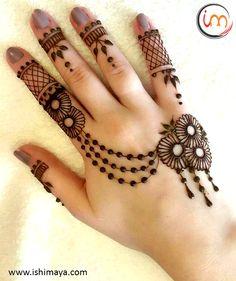 #mehendi #henna #tipoftheday #ishimaya #women #beautiful #makeup #design #tatto