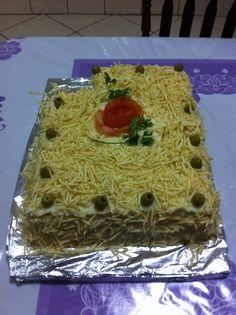 Receita de Bolo salgado de pão de forma. Enviada por Rafaela Misaki e demora apenas 40 minutos.