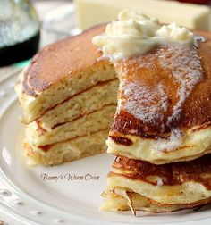The Best Buttermilk Pancakes EVER! Surprise family and guests Christmas morning with these delicious Buttermilk Pancakes! #buttermilkpancakes