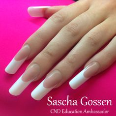 pipe / c curve / tunnel french nails -  Sascha Gossen