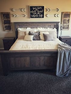 45 Cozy Rustic Bedroom Design Ideas: 45 Modern Rustic Master Bedroom Decor And Design Idea Home Decor Bedroom, Modern Bedroom, Rustic Bedroom Decorations, Diy Bedroom, Farm Bedroom, Diy Modern Bed, Couple Bedroom Decor, Decorations For Home, Apartment Master Bedroom