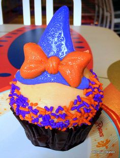 Minnie Witch Hat Carrot Cupcake spotted at Toy Story Pizza Planet #Disney #Sweets #WDW