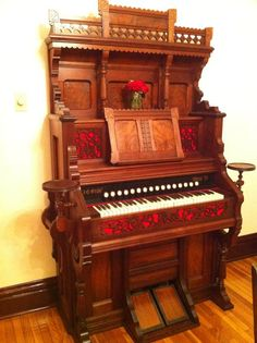 pump organ - piano classes with ms hample - she had a pump organ and would let me play on it occasionally! Art Deco Furniture, Antique Furniture, Sound Of Music, My Music, Pump Organ, The Distillers, Piano Classes, Old Pianos, Piano Player