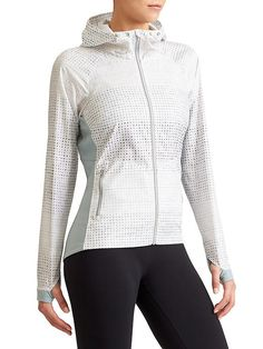 Accelerate Reflective Jacket - We consider this our best ever run jacket with water-repellant panels (just in case you get caught in a drizzle) and Pilayo® panels for a stretchy fit.