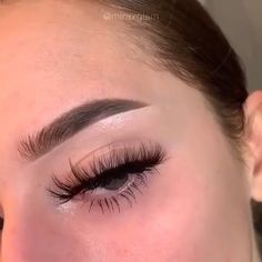 – microblading before and after All Natural Makeup, Natural Brows, How To Do Brows, Straight Eyebrows, Thick Eyebrows, Make Up Gesicht, Instagram Brows, Normal Makeup, Henna Brows