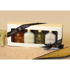 "Set Mignons ""Sonnenpflege"".  Diese Geschenkschachtel enthält 4 Mignon 25 ml:    •  Roucou Sonnenöl LSF 4    •  Kokosnuss Öl    •  Aloe Vera Gel mit Minze    •  Peeling Duschcreme"