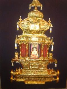 The gold and gem-crested chariot for Sri Raghavendrar.