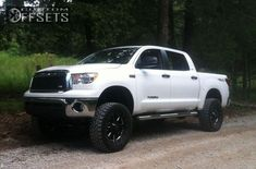 1 2012 Tundra Toyota Suspension Lift 6 Moto Metal Black Aggressive 1 Outside Fender Toyota Tundra Lifted, 2012 Toyota Tundra, 2012 Tundra, Toyota Girl, Tundra Truck, Girls Driving, Wheels And Tires, Dream Cars, The Outsiders