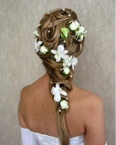 http://www.weddbook.com everything about wedding  Wedding Hairstlyle #weddbook #wedding #hair #hairstyle #bride
