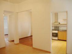 Depto. de 3 ambientes a mts. de la Plaza Dorrego. 3900$ Expensas incluidas! (Giesso)... reservado :(