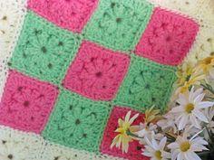 Afghan - bright granny squares - Crochet