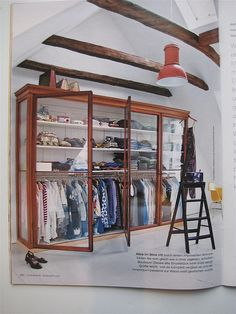 See-through closet-- For the super organized among us!