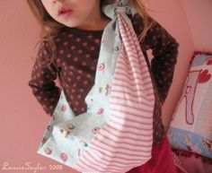 Knitting Pattern For Doll Carrier : Baby Sling Tutorial on Pinterest Baby Sling Pattern, Baby Slings and Diy Baby